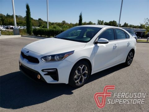 New 2020 Kia Forte LXS FWD 4D Sedan near Tulsa, OK