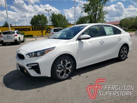 New 2019 Kia Forte LXS FWD 4D Sedan near Tulsa, OK