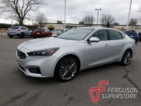 New 2018 Kia Cadenza Limited FWD 4D Sedan near Tulsa, OK
